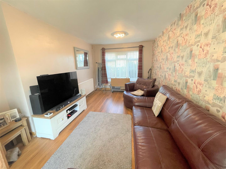 Hollett Road, Treboeth, Swansea, SA5 9ER